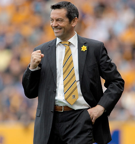 Phil Brown.jpg