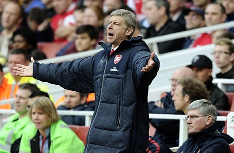 Arsene Wenger protests.jpg