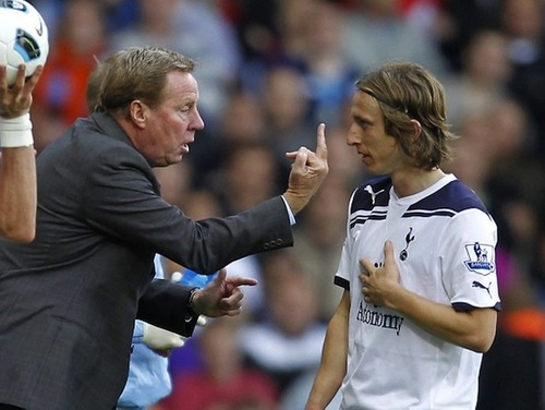 harry redknapp middle finger.jpg