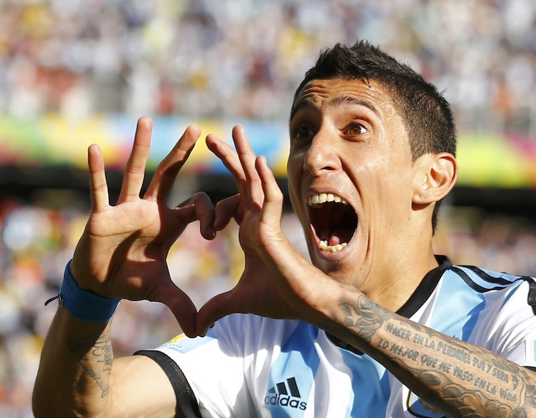 Argentina's Di Maria celebrates scoring against Switzerland during extra time in their 2014 World Cup round of 16 game in Sao Paulo