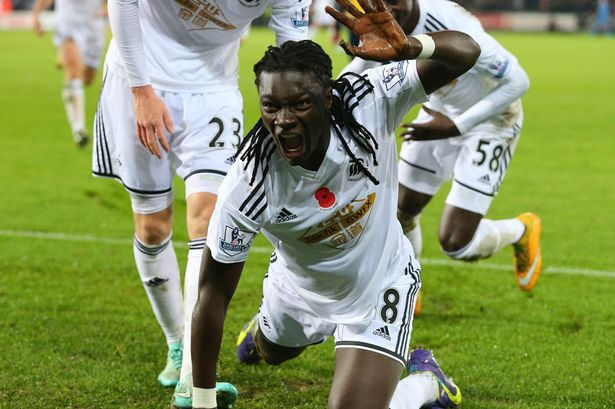 Bafetimbi-Gomis celebration