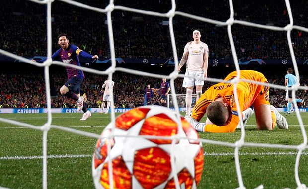 Soccer Blog | Messi too much for United